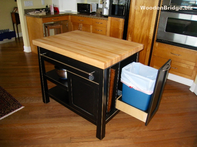 Modern Butcher Block Kitchen Island Ideas – 640 x480