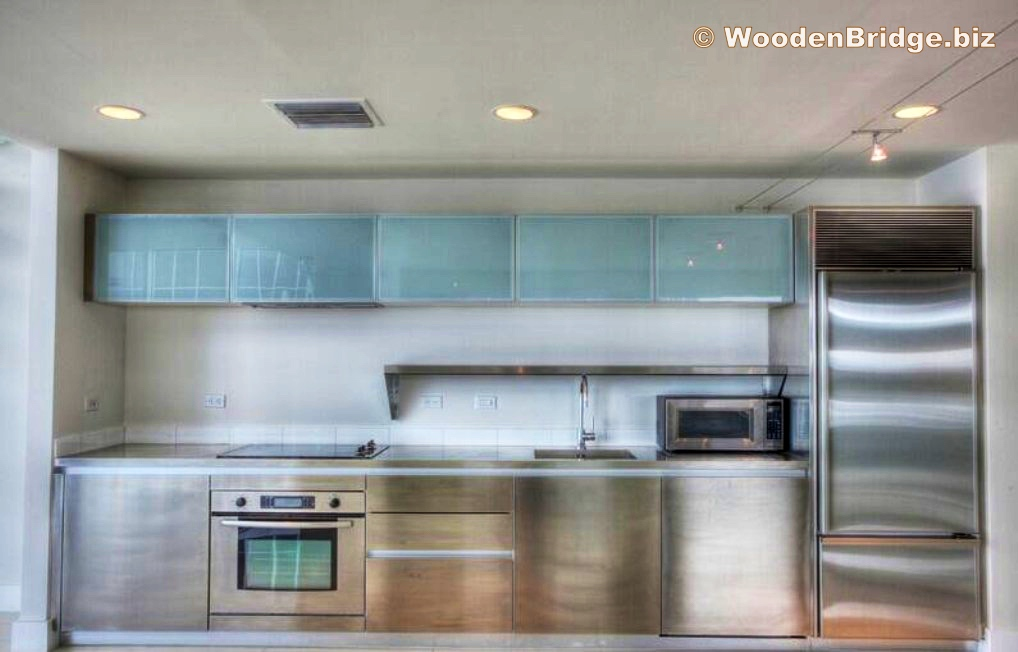Modern Stainless Steel Kitchen Cabinets Ideas - 1018 x 652