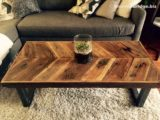 Reclaimed Wood Coffee Tables Ideas   570 x 428