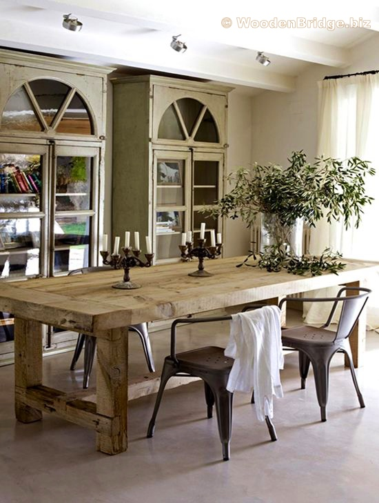 Reclaimed Wood Dining Table Ideas – 550 x 729