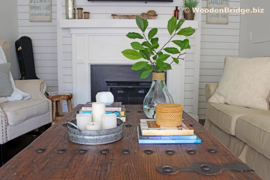 Reclaimed Wood Coffee Tables Ideas - 550 x 366 1