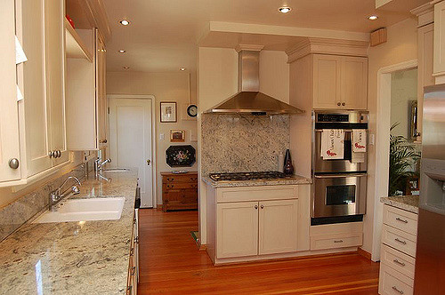 Cute Kitchen Design And Layout 14 on Home Design Planning with Kitchen Design And Layout
