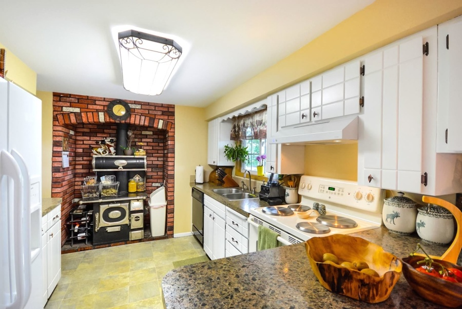 Simple Kitchen Interior Design 51 For Your Designing Home Inspiration with Kitchen Interior Design
